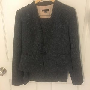 Ann Taylor skirt suit, like new!